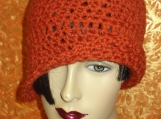 Tatiana - Lacy edge rust hat