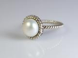 Pearl ring,Sterling silver ring,Handmade, gemstone ring