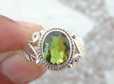Peridot Ring,92.5%solid sterling silver ring,peridot silver ring