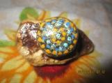Stone Art-2 Brilliant Natural Stones-Polka-Dots