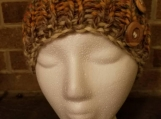 Very warm chunky slouch hat with wooden button accent