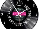 Reverse Loop-store handmade vintage vinyl clock