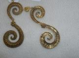 Swirly Chandilier Drop Clip On Earrings. NWT