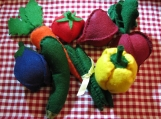 Felt Veggies set with Toddler Tablecloth