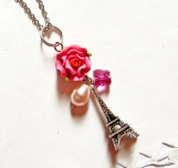 La Tour Eiffel Tower with Swarovski Crystal & Pearl Necklace