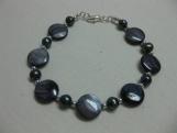 Midnight Pearl Bracelet